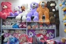 assortiti giocattoli economici peluche animali e le donne sexy foto