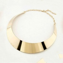 2012 most popular design gold color collar necklace