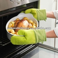 Light green color silicone gloves oven gloves