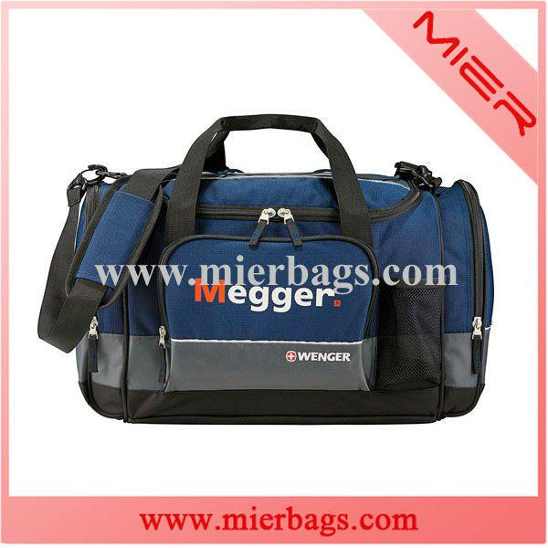 """Multifunctional Sport 18"""" duffel travel bag"""