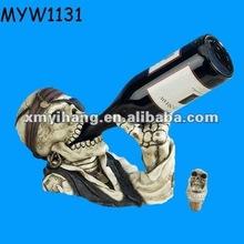 2013 skull handmade promotional Resin Wine Holder