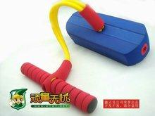 Plástico bebé pogo jumping juguete, Rebote salto zapatos para niños