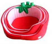 fashion strawberry pattern pleuche pet bed