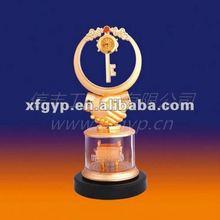 beautiful golden resin friend sovenir trophy cup, Friendship