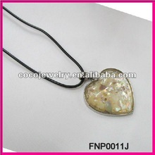 valentine's day heart shaped Abalone natural shell necklace
