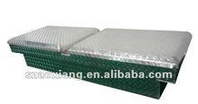 Aluminum pickup truck tool box in aciculiform