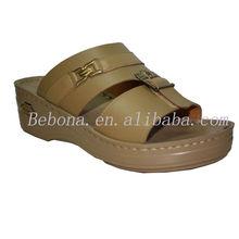 2013 lastest branded best selling men sandal