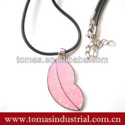 Popular fashinable steel leaf shaped dog tag 2013 promotional gift