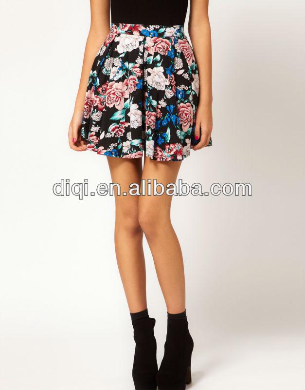 Cam falda adolescente