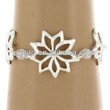Women Charm Elegant Alloy Flower Shape Bracelet For 2013