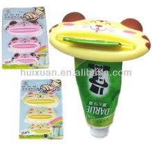 Cartoon Animals Toothpaste Squeezer 3pcs bathroom tube dispenser plastic squeezer