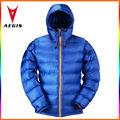 2013人の新式の女性はアヒルのジャケットおよびコートの青を作る