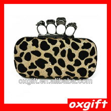 OXGIFT Spring and summer the retro evening bags / Skull Ring Clutch / Crocodile handbags / shoulder chain