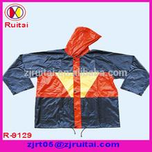 High-quality 0.18mm polyester/PVC rain jacket
