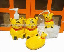 OEM 500ml vinly cartoon figure shampoo bottle tiger