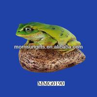 Best price toad on rock design frog figurines