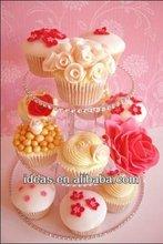 2013 hot sale fashion acrylic cake display shelf