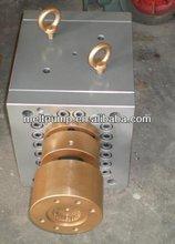 Extruding machine used micro hydraulic gear pump
