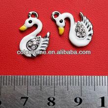Lovely goose pendant with rhinesrone,Fashion white goose charm,Nice enamel painting