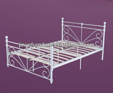 Queen Size Bed Metal/steel, Wood/timber Slats