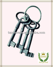 cast iron decorative antique keys