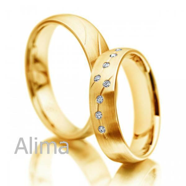 quiet wedding Wedding rings gold in dubai