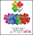 Cuatro corazón esferas globos de papel de aluminio