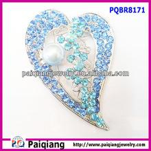 round crystal blue rhinestones diamond heart brooch