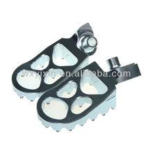 CNC Billet Aluminum alloy foot peg for off road YZ250 YZF 250 426 450