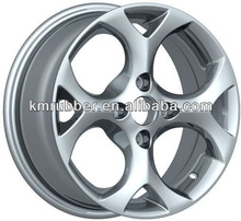 Simple white car aluminum alloy wheel rims