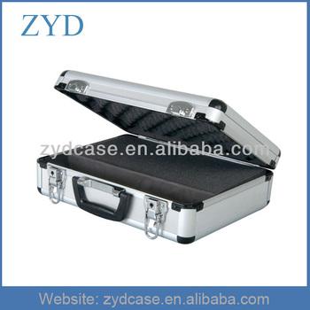 Aluminum case , Silver aluminum case with foam insert ZYD-GJ255