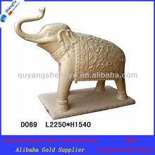 outdoor estátuas de animais