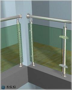 balcony glass railing detail