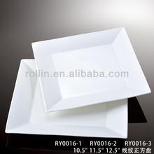 Porcelain white dinner plates for wedding