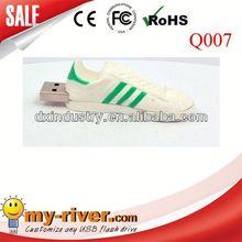 Novel design mini colorful pvc shoe usb 2.0 1 to 32GB memory stick