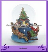 The musical santa snow globe