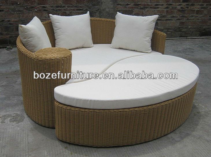 moderne en rotin ext rieur canap lit jardin lit rond en osier canap d 39 ext rieur autres. Black Bedroom Furniture Sets. Home Design Ideas
