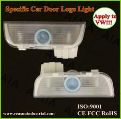 2014 Popular Factory Supplier No drill led car door projector logo light/Ghost shadow logo light car parts apply to vw