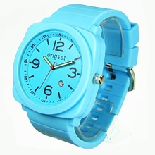 2015 new style 3ATM Waterproof Scratch-resistant Glass Lense Japan movement interchange silicone watch