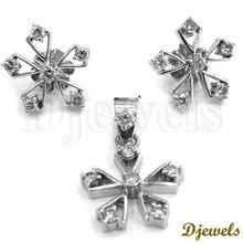 White Gold Diamond Pendant Sets, Diamond Pendant sets, Diamond Jewelry