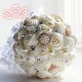 fabricantes chineses de noiva segurando flores ou a decoração do casamento