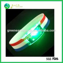 2014 christmas decoration lighting silicone led flashing bracelet