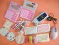 Calculadora de jóias, esferográfica, mouse, espelho, medida de fita, grampeador