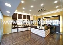 Funroad contemporary watch shop interior design