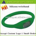 articolo promozionale economici braccialetti di silicone personalizzato