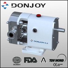 Lobe rotary pump water cooled mechanical seal