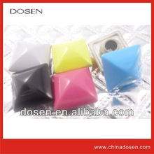 Shiny colorful fashion style metal pyramid studs for clothing, punk style rivet, rivet wholesale jean manufacturers in usa