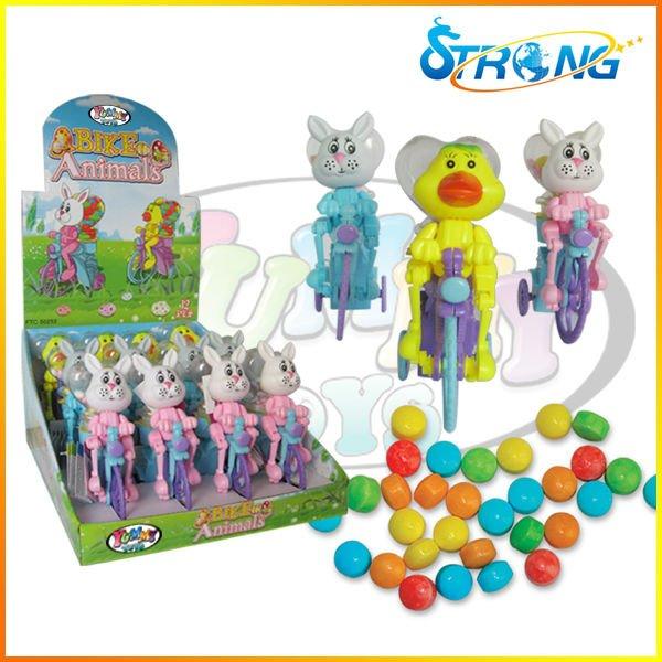 حيوانات عيد الفصح لعبة حلوى عيد الفصح حتى الدراجة الهوائية لعبة من البلاستيك حلوى