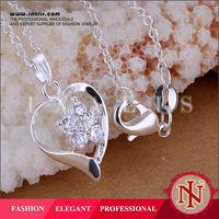 Alibaba vogue heart decorative crystal pendants with cz stone flower LKNSPCP205