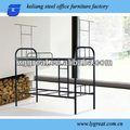 Mobiliário escolar utilizado beliche/cama de metal